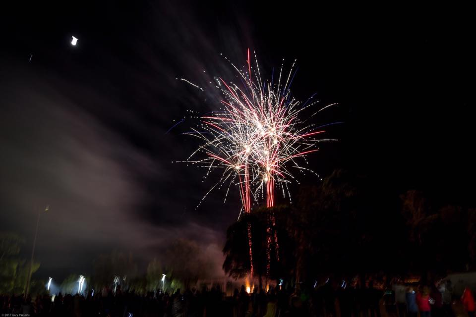 Fireworks. Photos © Gary Parsons